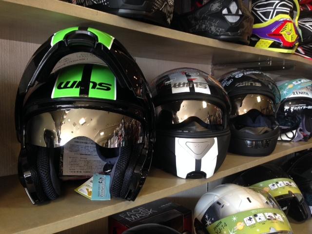今年人気の多機能ヘルメット「WINS」各種あります☆