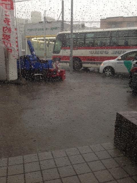 ゴイスーな雨。。(@_@;)