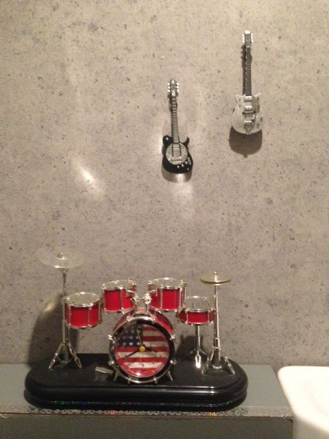 某美容室のトイレにて。ろけんろー(^◇^)